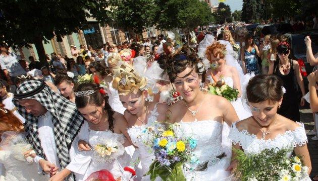 Каменец замахнулся на свадебный рекорд