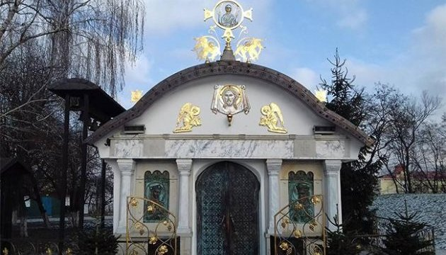 Киевсовет рассмотрит петицию о сносе часовни возле Десятинной церкви