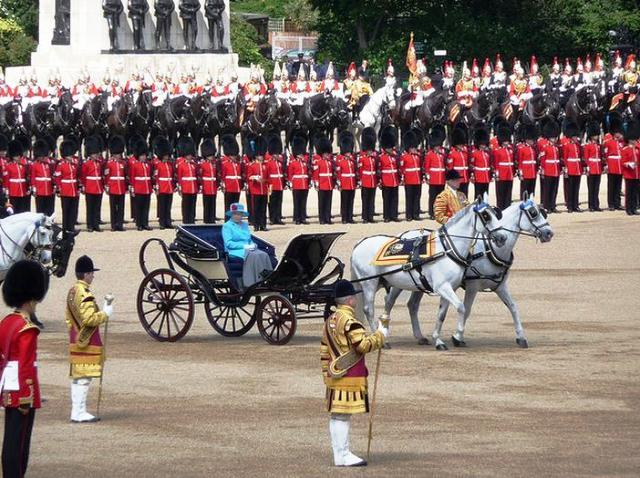 Військовий парад у Великій Британії