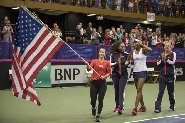 Дочь Серены Уильямс поглядела 1-ый теннисный матч, даеще сучастием мамы
