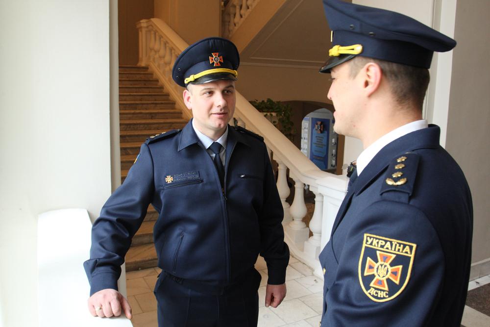 Українських рятувальників одягнуть у нову форму (ФОТО)