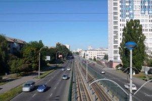 В воскресенье перекроют одну из самых загруженных улиц Киева