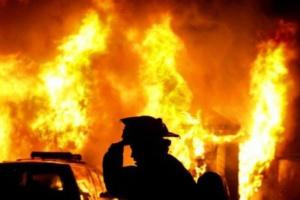 Пожежа під Києвом: згоріли шість квартир, є постраждалий