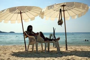 АМКУ рекомендовал туроператорам указывать цену на путешествия в гривне