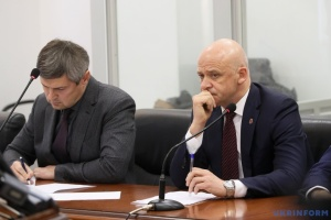 """Суд у справі Труханова після """"замінування"""" продовжив роботу"""