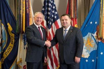 Ministro Poltorak: Ucrania y EE.UU. inician consultas estratégicas de defensa