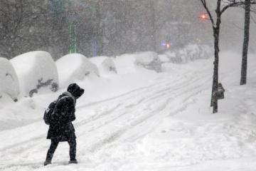 El mal tiempo causa apagones en 174 localidades de Ucrania