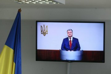 Poroschenko sah russische Militärangehörige auf der Krim im Februar 2014