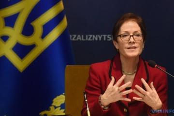 US-Botschafterin: USA lassen Sanktionen gegen Russland in Kraft, bis Ukraine Krim zurückbekommt