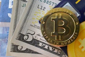 ウクライナ国会、仮想通貨合法化法を採択