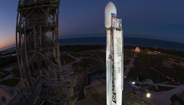 SpaceX успішно запустила Falcon 9 з комунікаційним супутником
