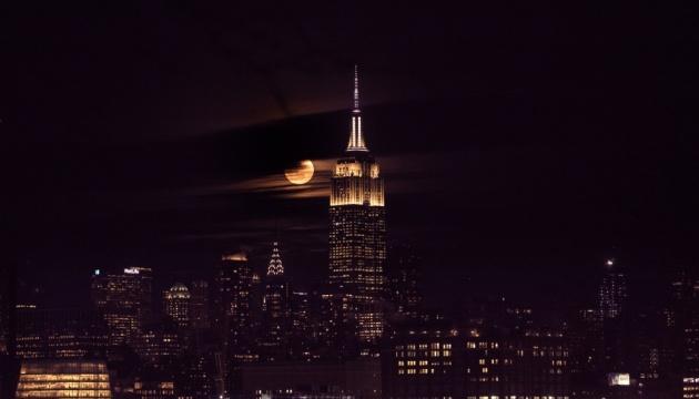 Електропостачання Нью-Йорка повністю відновили