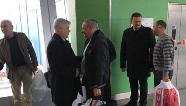 Визволені з полону у Лівії українці працювали у нафтовій компанії