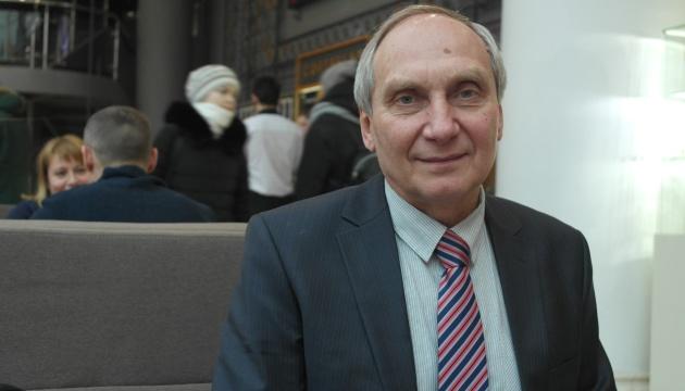 Президент привітав з 65-річчям екс-заручника бойовиків ОРДЛО Ігоря Козловського