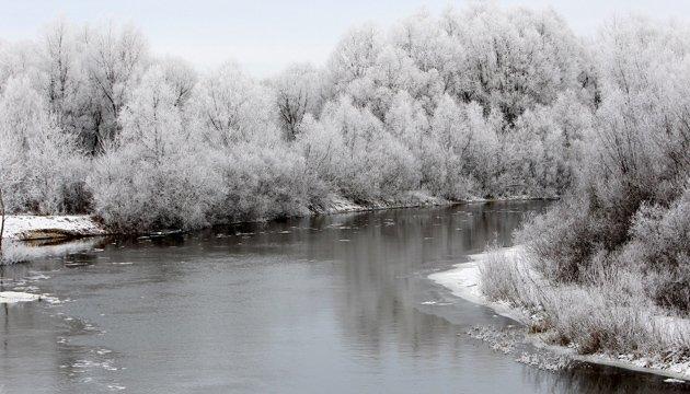 На реках бассейна Припяти ожидается образование льда