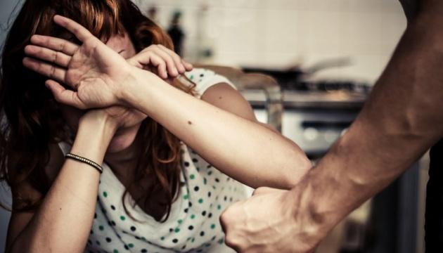 За полгода поступило около 60 тысяч обращений о домашнем насилии - полиция