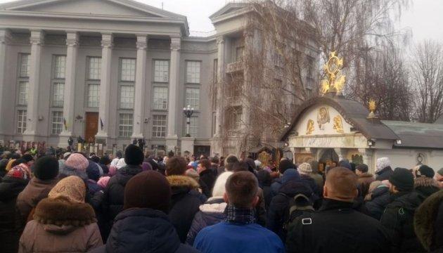 Мінкульт: каплиця біля Десятинної церкви у Києві - незаконна