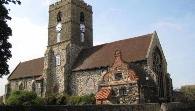 Впервые за 239 лет в британском городе запретили бить в колокол