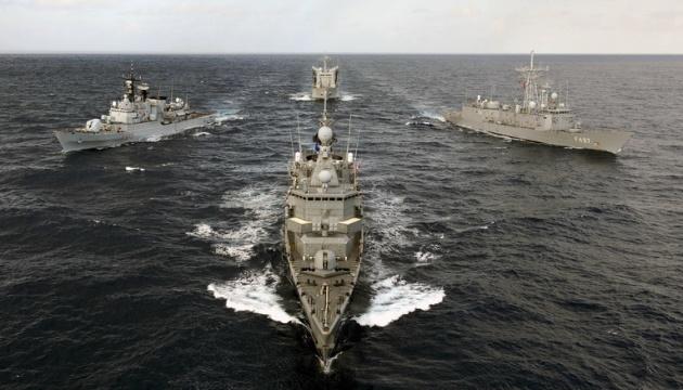 Військові кораблі НАТО зайшли в румунський порт