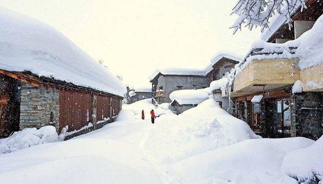 Во Франции - сильное похолодание, три департаменты засыпало снегом