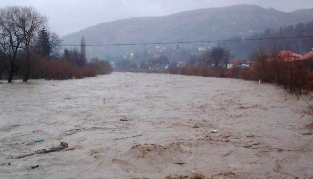 У чотирьох річках очікують підйому води до 1,5 метра