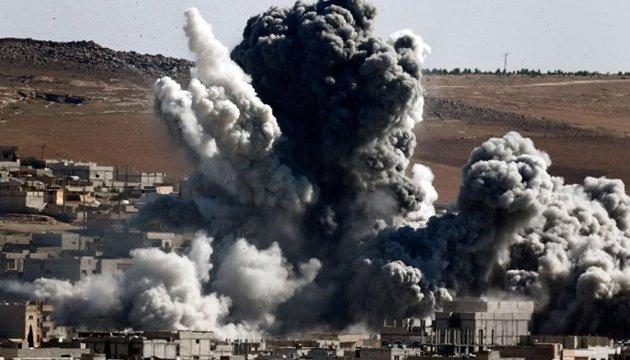 Авиация Асада за четыре дня убила 220 человек в пригороде Дамаска