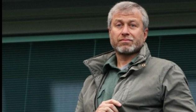 Абрамович зняв заявку на британську візу - BBC