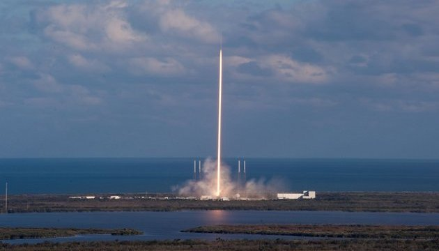 SpaceX отложила запуск испанского спутника PAZ