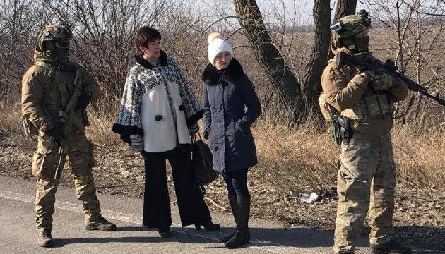 Лутковська забрала з окупованого Донбасу ще 20 ув'язнених