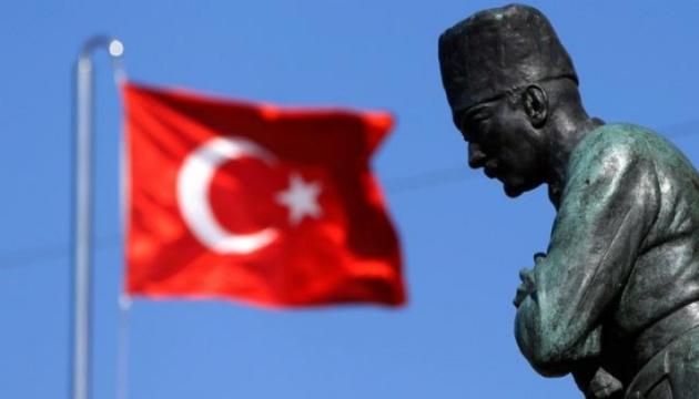У Туреччині готують арешт понад тисячі підозрюваних у зв'язках з Гюленом — ЗМІ