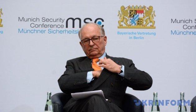 Ішингер пропонує залучити ЄС до Мінського процесу