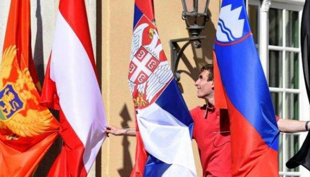 Євросоюз дасть €3,3 мільярда на відновлення економіки для Західних Балкан