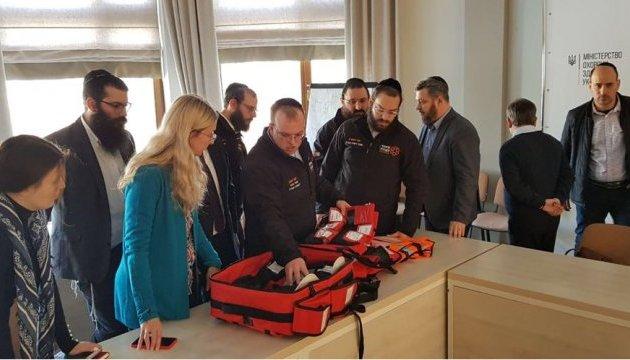 Волонтеры из Израиля поделятся с украинцами опытом оказания первой помощи