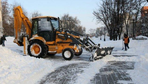 Громади Чернігівщини допоможуть облавтодору чистити від снігу державні дороги