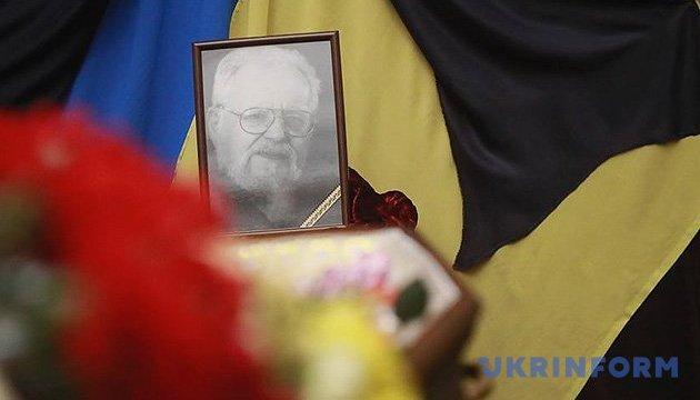 В Киеве предлагают назвать улицу в честь Мирослава Поповича