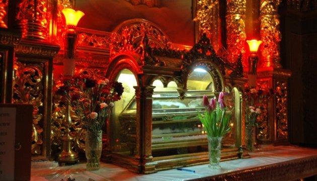 На Львовщине организовали романтический тур к мощам святого Валентина