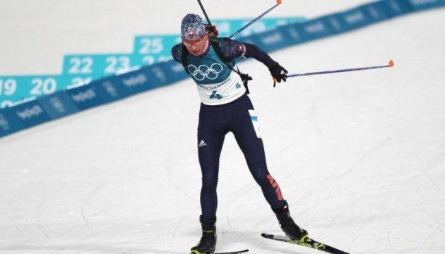 Кузьмина выигрывает биатлонный масс-старт, Валя Семеренко на 19-м месте