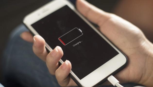 Ученые нашли способ заряжать смартфоны с помощью воздуха