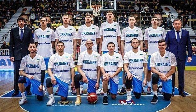 Баскетбол: Мурзин вызвал на матчи против Латвии и Швеции 13 игроков