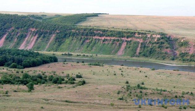 Туристів на Тернопільщині чекатимуть нові природні заповідники