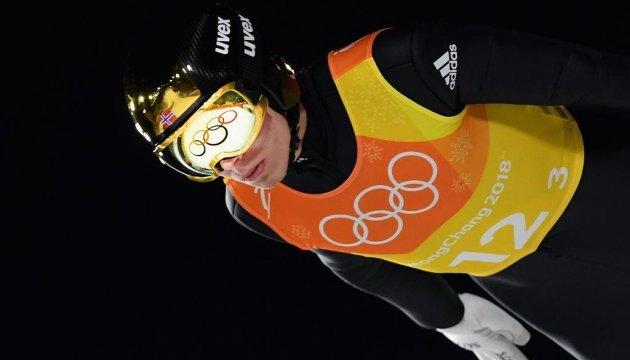 Норвежские прыгуны с трамплина выиграли командный турнир Игр в Пхёнчхане