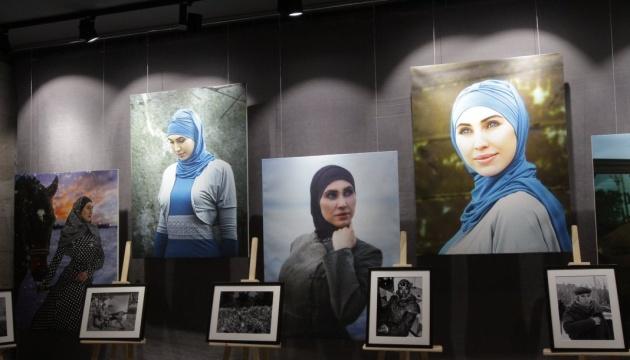 Une exposition à la mémoire d'Okouyeva à la Diète de Pologne (photos, vidéo)