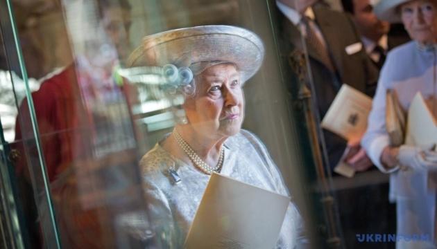 Елизавета II одобрила закон об отсрочке Brexit