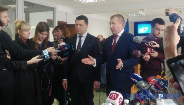 Адвокатам Януковича не разрешили приехать к Порошенко во время допроса