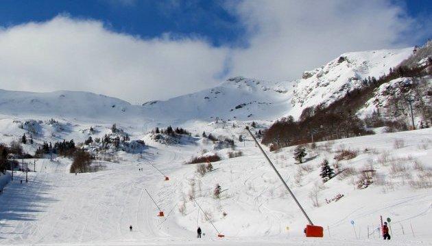 У Франції зсув заблокував дві тисячі осіб на гірськолижній станції