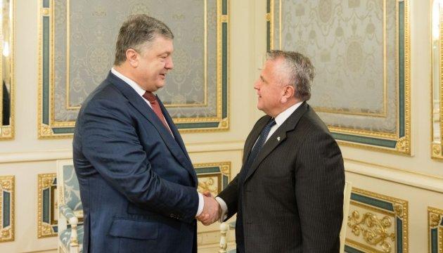 Порошенко і Саліван обговорили перспективи місії ООН на Донбасі