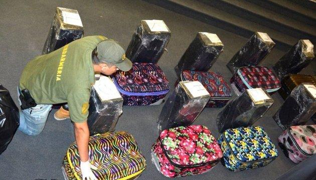 Валізи з кокаїном: МЗС Росії підтверджує знахідку у посольстві в Буенос-Айресі