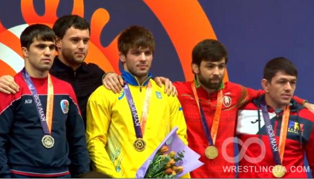 Борьба: Четверо украинцев стали победителями Международного турнира в Киеве