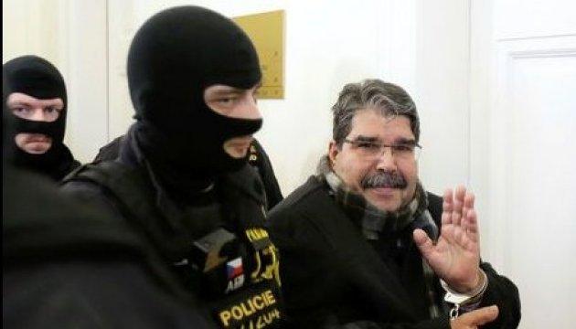 Суд у Чехії звільнив лідера сирійських курдів, затриманого за запитом Анкари