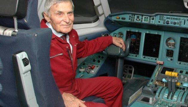 В столице скончался знаменитый летчик-испытатель самолетов Ан